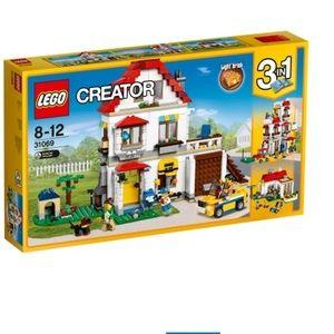 LEGO Creator Modular Family Villa retired